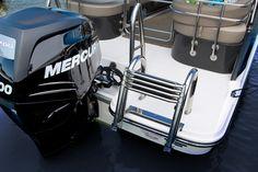 Bayliner - Element XR7 - #embarcaciones #fibra #lanchas #motoras #yates #fuerabordas #intrabordas #barcos #cruceros #Boats #Runabouts #centerconsoles #deckboats #overnighters #cruising http://jaloque.com/