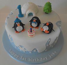 Winter Wonderland cake for a first birthday Winter Onderland Geburtstagstorte Birthday Cake 30, Penguin Birthday, Birthday Ideas, Cupcakes, Cupcake Cakes, First Birthday Winter, Penguin Cakes, Winter Wonderland Birthday, Christmas Cake Decorations