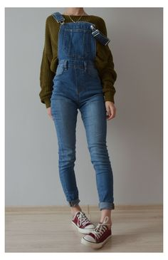 Denim Overalls Outfit, Cute Overalls, Overalls Vintage, Outfits With Overalls, Overalls Women, Dungarees, Teen Fashion Outfits, Look Fashion, Cool Outfits