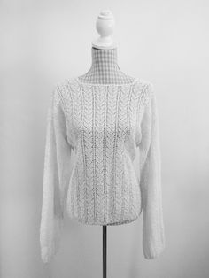 - Vintage Finds You Blouse Vintage, Vintage Tops, Crochet Jumper, Turtle Neck, Sweaters, Fashion, Moda, Fashion Styles, Sweater
