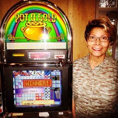 pot o gold slot machine