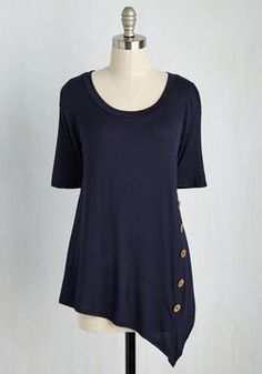 Quaint a Picture Top in Navy. Imagine this - soft breezes, radiant sunshine, and this navy blue top for an afternoon at the park! #blue #modcloth