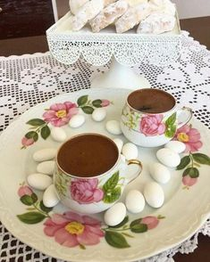 Coffee Time, Chocolate Fondue, Tea Cups, Tableware, Desserts, Food, Elegant, Tailgate Desserts, Classy