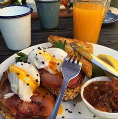 We've scoured high and low and put together a list of the 30 best breakfasts in Melbourne right now that you absolutely should have eaten, and absolutely need to eat if you haven't.