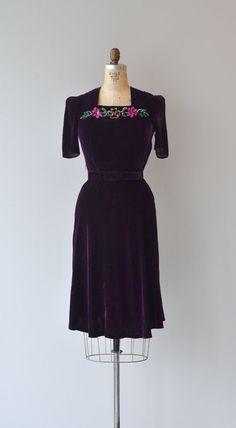 Silk velvet dress (1930s)