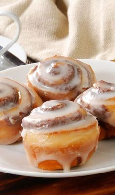 Weight Watchers Friendly Mini Cinnamon Rolls with Cream Cheese Frosting Recipe Using Refrigerated Breadstick Dough