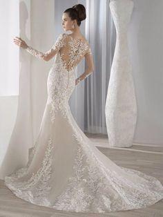 Trouwjurk prachtig mermaid model van kant met lange mouwen Pasvorm En Flare  Trouwjurk d5688408be2e