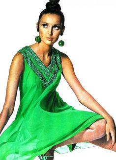 Vogue US January 1967  Samantha Jones in an apple-green chiffon dress by Shannon Rodgers, photo Irving Penn