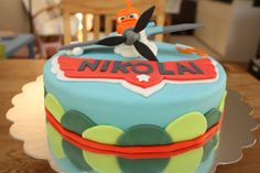 Inspired by the Disney movie Planes designed and executed by Silvia Ramsvik Plane Design, Sugar Paste, Novelty Cakes, Disney Movies, Planes, Fondant, Inspired, Desserts, Inspiration