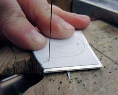 Diario aprendiz de joyero: Anillo hueco Jewelry Tools, Jewelry Making, Copper Accessories, Sculpture, Bird, Diamond, Metal, How To Make, Creativity