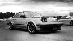 Mine could've looked this pretty!    Toyota MR2