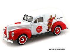 Motor City Coca-Cola - Ford Sedan Delivery Santa Claus (1940, 1:24, White) 439695