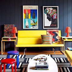Colorful House, Bradford, Inglaterra. Projeto do escritório de design Fab. #architecture #arquitetura #interiores #arquiteturaeinteriores #arte #artes#arts #art #artlover #design #interiordesign #architecturelover #instagood#instacool #instadaily #furnituredesign #design #projetocompartilhar#davidguerra #arquiteturadavidguerra #shareproject #livingroom#livingroomdesign #fabdesign