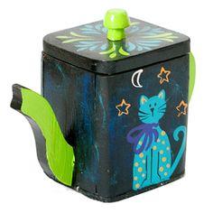 Azucarera de madera pintada a mano de la marca Peace & Cats / Hand painted wooden sugar jar by Peace & Cats
