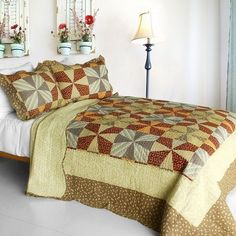[Lucky Clover] 3PC Cotton Contained Vermicelli-Quilted Patchwork Quilt Set (Full/Queen Size)