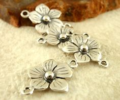 2 Antique Sterling Silver Flower Links  11mm by UnkamenSupplies