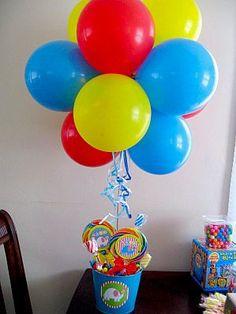 decoracion de cumpleaños infantiles con telas de colores - Buscar con Google