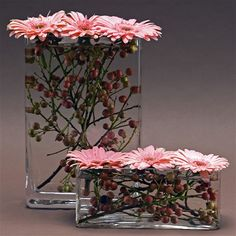 Rectangular vases with berries and gerbera dsisies - Pingram.- Rectangular vases with berries and gerbera dsisies – Pingram – Bilder für Sie Rectangular vases with berries and gerbera dsisies - Arte Floral, Deco Floral, Motif Floral, Ikebana, Flower Decorations, Wedding Decorations, Table Decorations, Wedding Centerpieces, Arch Decoration