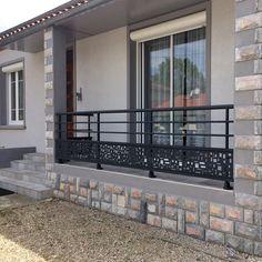 Balcony Glass Design, Balcony Grill Design, Balcony Railing Design, Window Grill Design, Front Gate Design, House Front Design, Roof Design, Balcon Grill, Narrow House Designs
