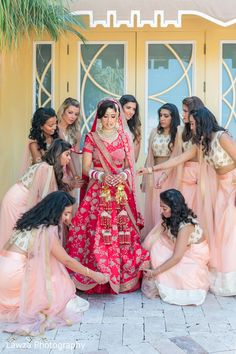 Sweet Indian bride and bridesmaids posing for photo shoot. Indian Wedding Bridesmaids, Indian Bridesmaid Dresses, Bridesmaid Poses, Bridesmaid Saree, Desi Wedding Dresses, Bridesmaid Outfit, Indian Wedding Outfits, Bridal Outfits, Brides And Bridesmaids