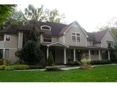 http://www.randrealty.com/NY/Property/1789739/267-East-Townline-Road-West-Nyack-NY-10994/