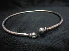 Metal armlet, upper arm cuff