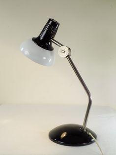 LAMPA NA BIURKO FAMOR 1984