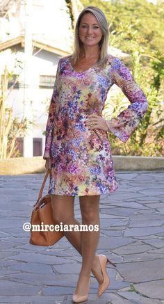 Look de trabalho - look do dia - look corporativo - moda no trabalho - work outfit - office outfit -  primavera - executiva - vestido estampado - floral - dresses