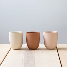 Made by Pigeon Toe Ceramics in Portland, Oregon. The perfect everyday vessel. Slipcast from a hand-thrown design with a raw, sanded exterior and interior gloss liner glaze for easy cleaning. Ø X oz capacity Ceramic Tableware, Porcelain Ceramics, Ceramic Bowls, Ceramic Art, Fine Porcelain, Kitchenware, Porcelain Jewelry, Ceramic Design, Slab Pottery