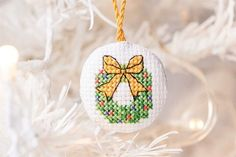 Christmas wreath cross stitch pattern #diy #craft