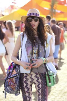 Follow Rent a Stylist www.pinterest.com/rentastylist/ Natalie Off Duty does festival fashion. #coachella #style