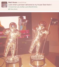"""""""Niall had to pause his episode of Keeping Up with the Kardashians to tweet this. GEE THANKS NIALL."""""""