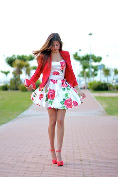Marilyn's Closet - FASHION BLOG: Red Poppies
