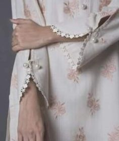 Full Sleeves Design, Kurti Sleeves Design, Sleeves Designs For Dresses, Dress Neck Designs, Stylish Dress Designs, Sleeve Designs, Blouse Designs, Silk Kurti Designs, Salwar Designs