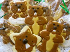 Gopher-it!! Glazed Groundhog Day Cookies by Robin Traversy {The Cookie Faerie}.
