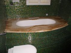coprivasca in marmo giallo siena e mosaico verde