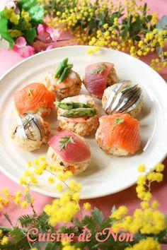 『今日は桃の節句』 雛祭りの手まり寿司