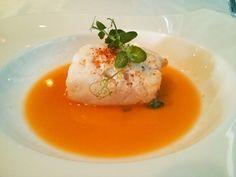 Merluza Rellena de Txangurro en Caldo Corto de Crustáceos - Restaurante Yandiola, Bilbao