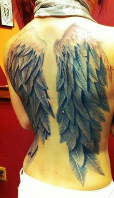 Awesome angel wings tattoos designs and ideas for men and wo Tattoo Son, Tattoo Henna, Feather Tattoos, Body Art Tattoos, Tatoos, Trendy Tattoos, Unique Tattoos, Beautiful Tattoos, Tattoos For Women