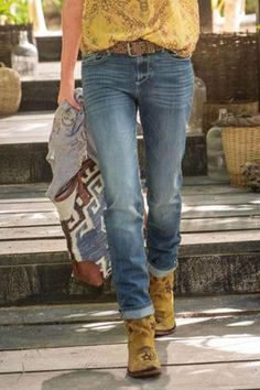Solid Paneled Side Pockets Casual Jeans – Regocy Denim Casual, Style Casual, Winter Fashion Outfits, Autumn Fashion, Casual Outfits, Girly Outfits, Fashion Clothes, Online Clothing Stores, Online Shopping Clothes
