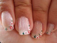 glitter flower nails :)