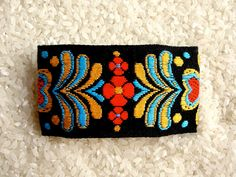 Vintage trim barrette by fairyshadow