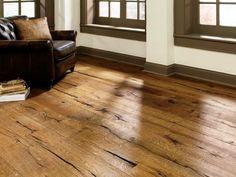 Le parquet stratifié est le revêtement de sol intérieur le plus populaire partout en Europe. Explorons ses avantages, quelles sont les textures, les formats