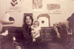 Janis Joplin holding Lisa Albin Seagraves while Daddy Peter plays a lullabye: Janis Joplin, Rock And Roll, Rainha Do Rock, Big Brother, I Still Love You, Blue Pearl, Classic Rock, Woodstock, Musical