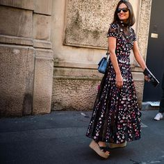 Milan Fashion Week . : @walkingcanucks  #mfw #milanfashionweek #fashionweek #milan  #streetstyle #streetfashion #streetsnap #fashion #womensfashion #dailylook #picoftheday #ootd #walkingcanucks #toronto #토론토 #김작가 #김작가의패션위크 #데일리룩 #스트릿패션 #밀라노 #패션위크 #밀라노패션위크 #패션피플
