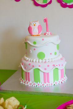 Fi's owl first birthday cake
