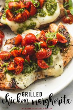 Easy healthy grilled chicken margherita topped with melted mozzarella cheese pesto and tomato basil garnish chickendinners easydinners chicken healthy pesto Healthy Recipes On A Budget, Best Dinner Recipes, Healthy Meal Prep, Healthy Breakfast Recipes, Healthy Cooking, Healthy Eating, Healthy Pesto, Healthy Chicken Meals, Simple Recipes