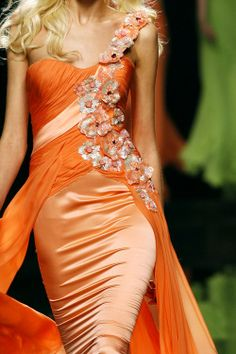 beautiful orange dress, voor koninginnedag of straks koningsdag!