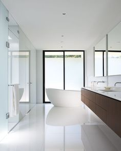 simplicity in bathroom design