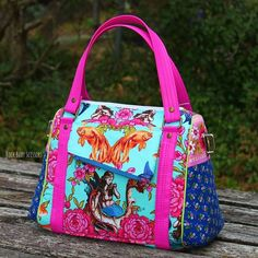 This Rockstar Bag made in Tokyo Milk fabric was made by the Rockstar Queen, Rock Baby Scissors. Kristy will be closing in on 100 Rockstar Bags made by year's end, I'm sure of that!!